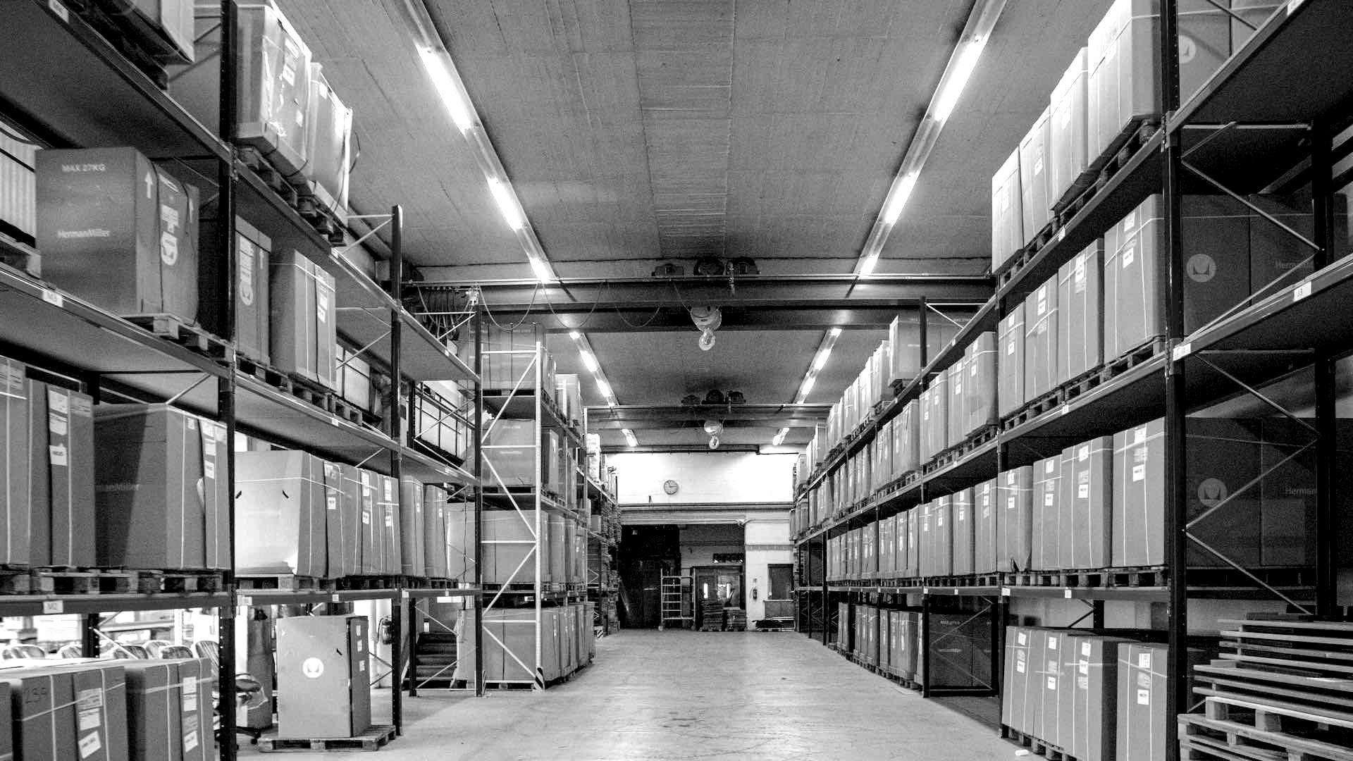 Im Warehouse von wexim halten wir dreistellige Stückzahlen einzelner Modelle ständig auf Lager.